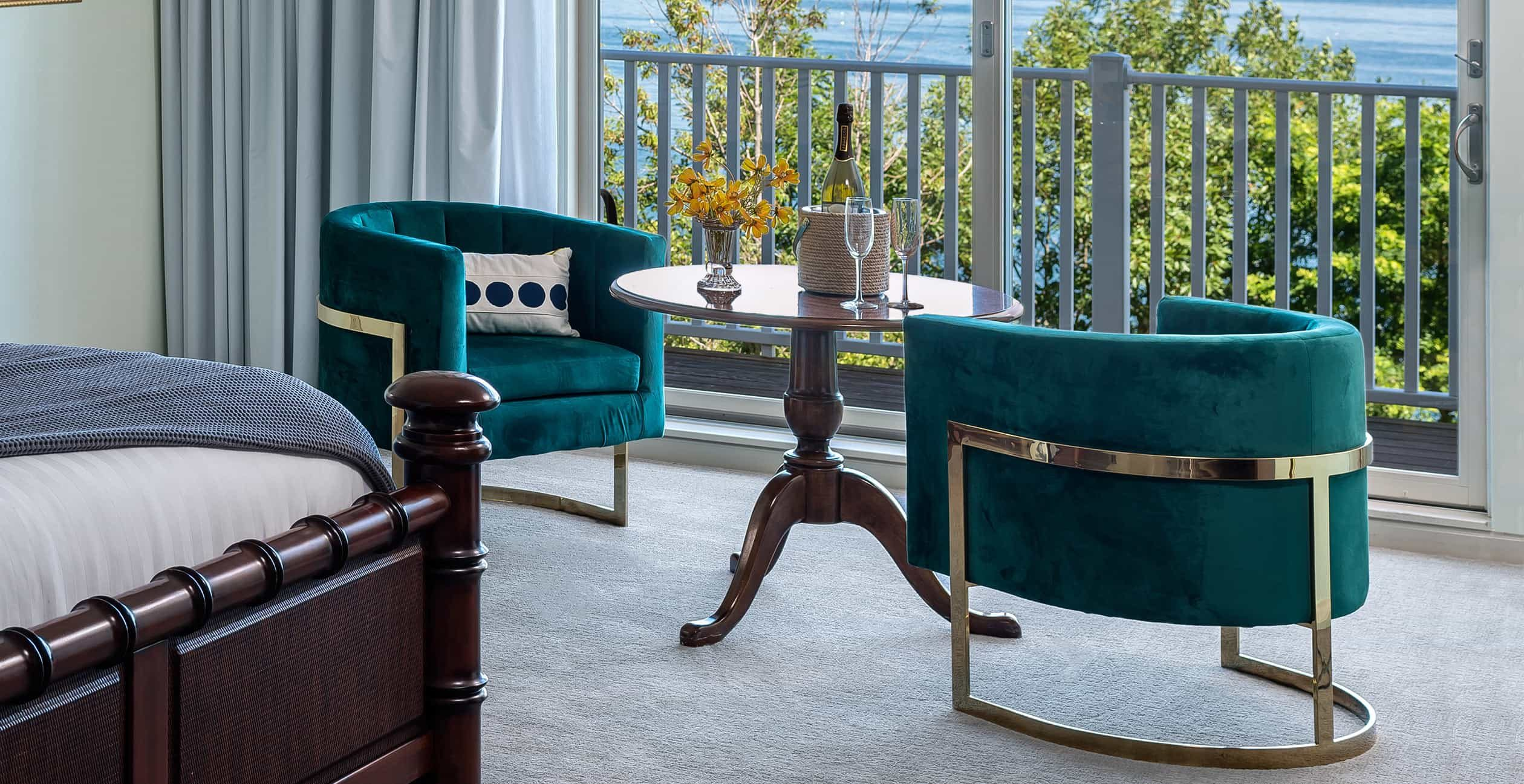 Plush chairs with Ocean view in Island King Room