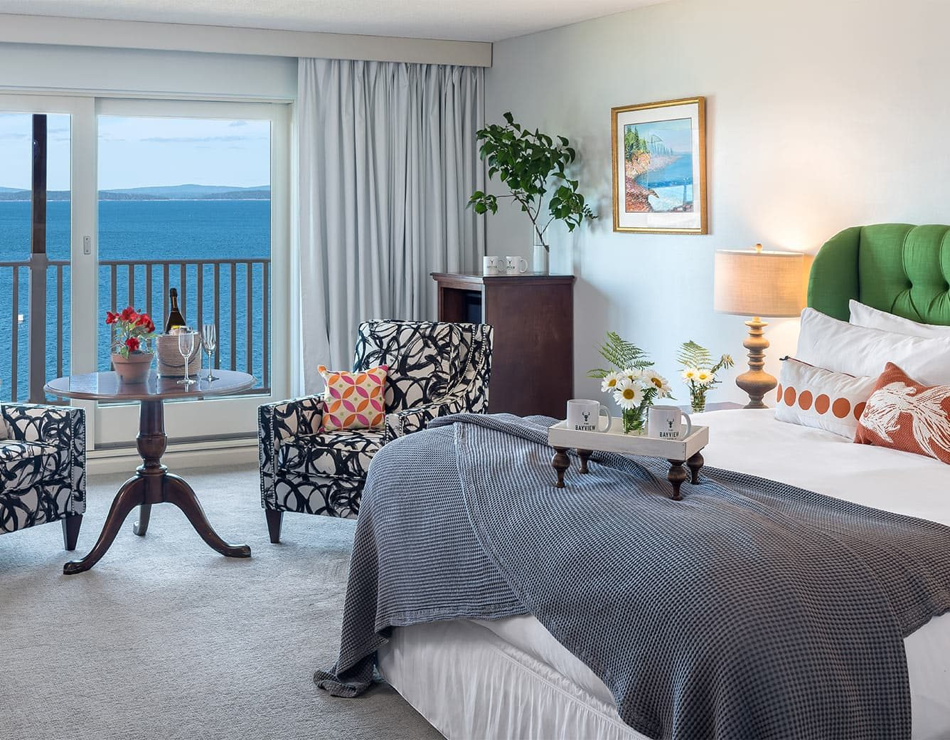 Ocean King Bed and two sitting chairs